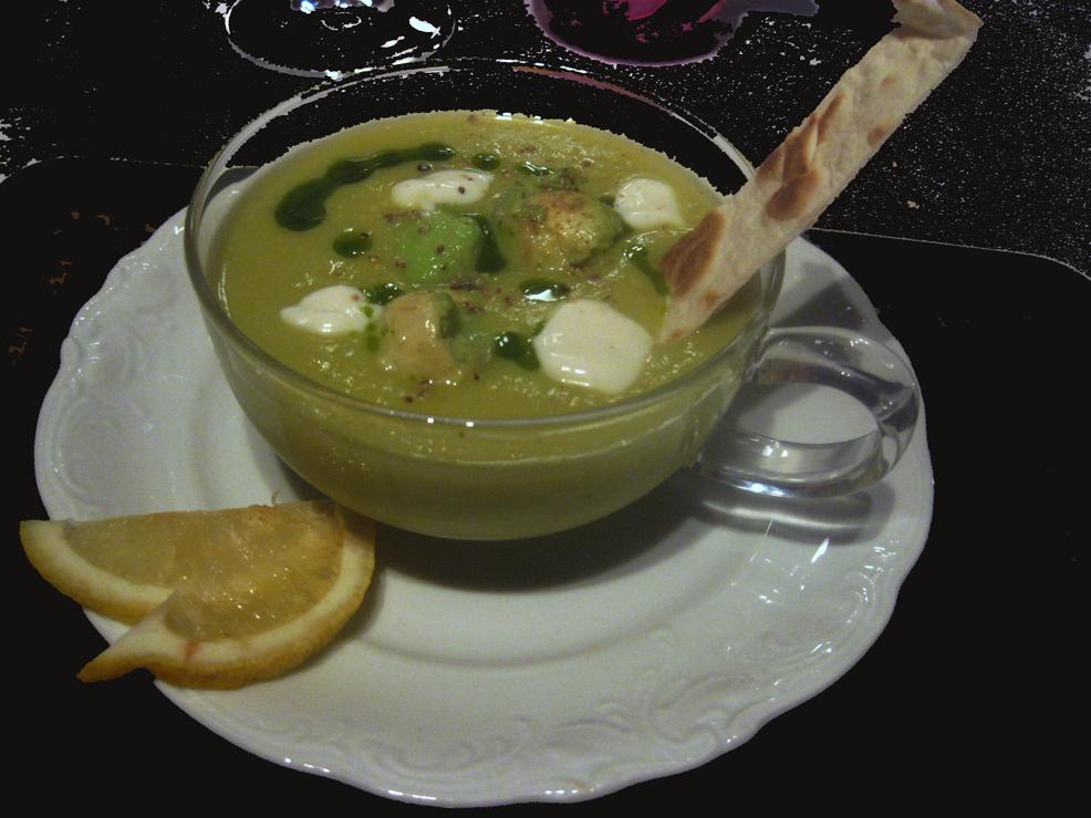 Mandarin Pie | Chilled Avocado & corn soup with cilantro oil